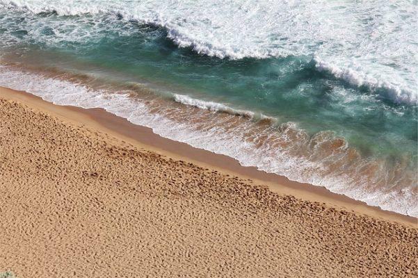 beach-677786_640