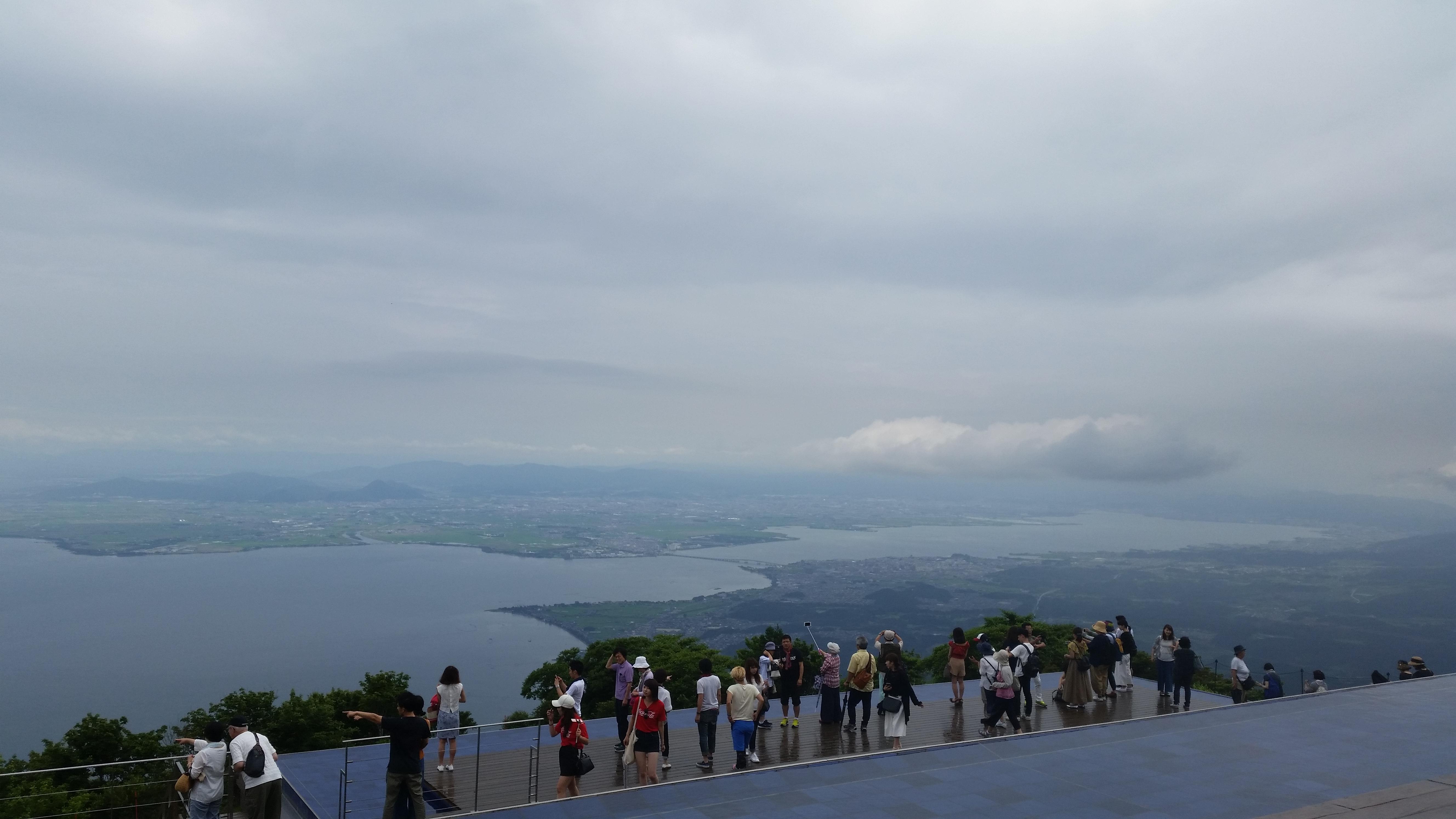 テラス 琵琶湖